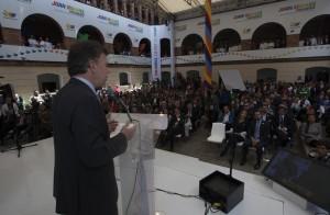 El Presidente candidato, durante la presentación de su programa de gobierno, a través del cual pretende reelegirse
