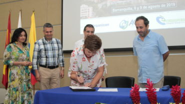 Firman pacto por la transparencia en el sector salud: actores comprometidos