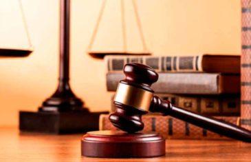 derecho-justicia-malletebigstock3_0