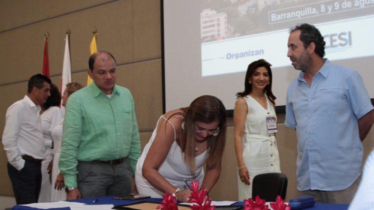 Firman Pacto por la Transparencia en el sector salud