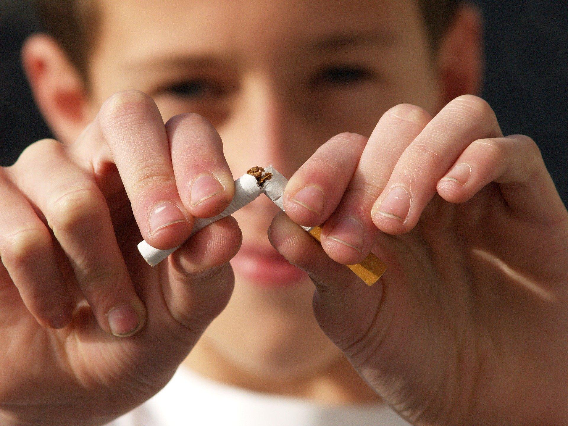 14 veces de probabilidades de muerte, si tiene coronavirus y fuma
